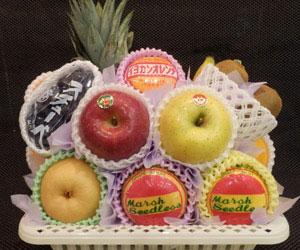 むさしや 果物かご 3,000円(税込3,240円)